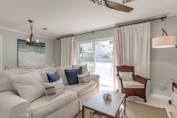 Rollin Tide Villas C1 - NEWLY Renovated!!  1br/1ba Sleeps 4 - Heart of Seagrove Beach