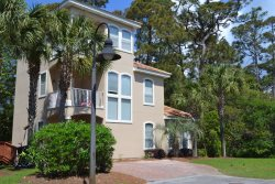 Hula Hangout Beach House - PET FRIENDLY - 4br 4ba  Gulf Views - Santa Rosa Beach, Fl
