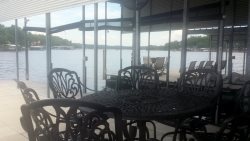 Image of the second patio set on the right side of the dock.