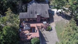 Areal view of this ideal vaction rental home with vacant lots on both sides for added privacy.