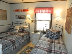 Second Upstairs Bedroom with Queen and Twin beds