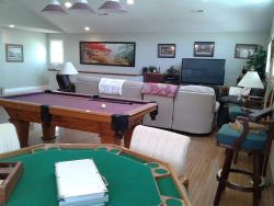 Family and Game Room with Pool Table, Game Table and Lots of Seating