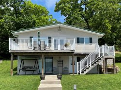 Rogers Cabin - 2 Bedroom 1 Bath Two Story Home.  Gravois Arm 1 Mile Marker (Open Cove Location),  Perfect Small Family Home