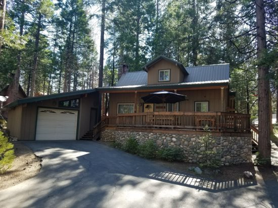 Williams Cabin Shaver Lake Rentals Property Overview