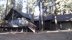 Lovely home in Appleridge with nice views of the forest.