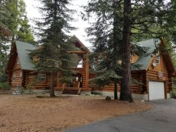 Elegant log home located in Granite Ridge.