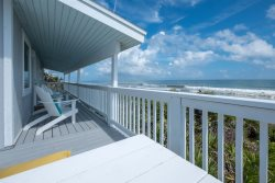 Sea Dream's BACK & Better Than Ever! FUN Oceanfront Home 3 BR's/2BA's Upstairs PLUS Bonus RM Downstairs w/ 2 Queen Sized Beds Total Home Sleeps up to 10 in Beds