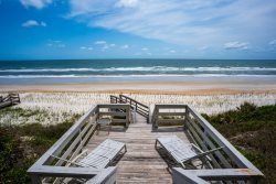 Seaside Escape, A great oceanfront house with all the comforts of home!!