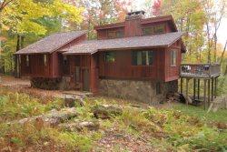 5 Acre Wood - 440 Buck Run