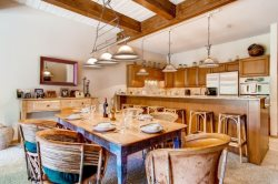 Ridge #34 - A luxurious Snowmass vacation condo. A premier Snowmass Village location.
