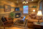 Chimney Mtn 3 - Handicapped Friendly Cabin Rental near Unicoi State Park