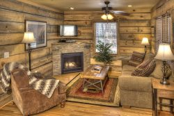 Chimney Mtn 4 - The Largest of our Chimney Cabins, with Lower Level, Sleeps 6-8
