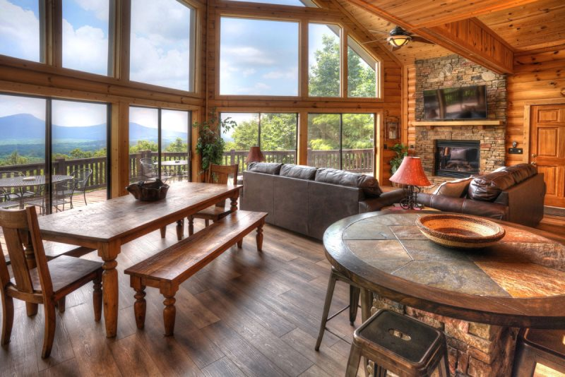 Gorgeous Mountain Cabin Rental Near Helen, Georgia. Incredible Panoramic  Views. Spacious Decks, Outdoor Firepit.