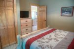 You can`t beat these great Yonah views from this brand new hot tub