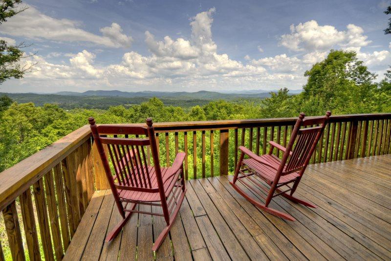 Moonrise Kingdom in Mineral Bluff - North GA Cabin Rental