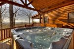 Grand Mountain Lodge - Hot Tub
