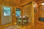 Aska Sunrise - Entry Level Bathroom