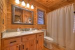 Blue Lake Cabin - Entry Level Bathroom