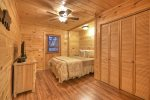 Blue Lake Cabin - Lower Level Queen Bedroom