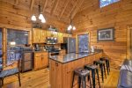 Blue Lake Cabin - Fully Equipped Kitchen