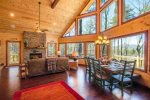 Big Creek Cabin - Dining Area w/ Seating for 8