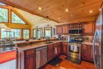 Big Creek Cabin - Kitchen