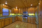 Bearcat Lodge - Fully Equipped Kitchen