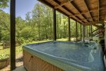 Clearwater Crossing - Hot Tub