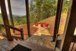 3 Peaks - Upper Level Master King Bedroom