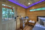 3 Peaks - Deck w/ Wooded View