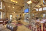 Long Mountain Lodge - Large Open Floor Plan