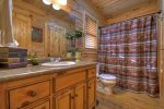 Bear Butte - Attached Bathroom w/ Tub/Shower Combo