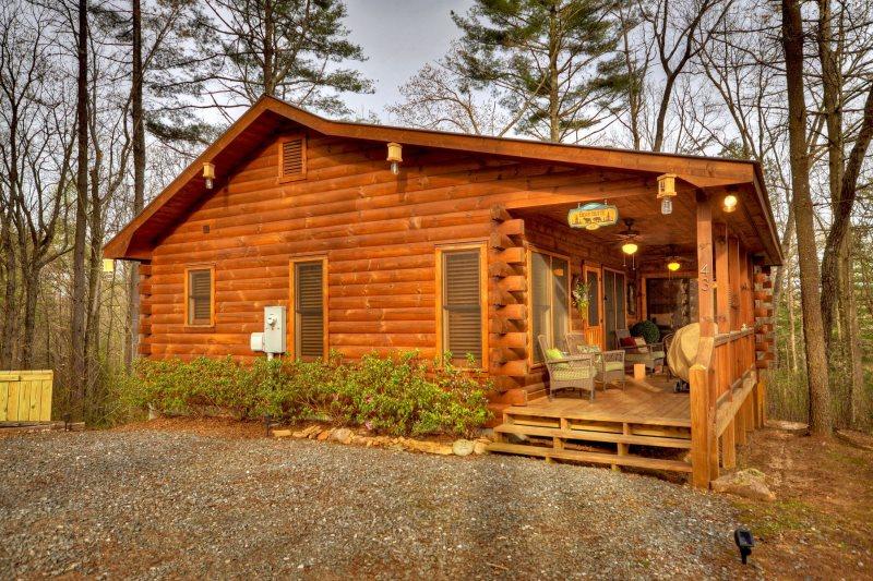 Bear Butte in Blue Ridge - North GA Cabin Rental