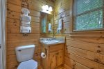 Southern Grace - Attached Bathroom