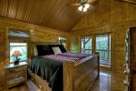 Eagle`s Landing - Upper Level King Master Bedroom