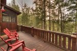 Reel Creek Lodge - Outdoor Seating