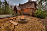 Reel Creek Lodge - Fire Pit