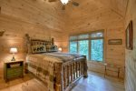 Alpine Ridge - Upper Level Queen Bedroom 2