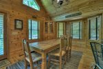 Black Bear Bungalow - Entry Level Dining Area