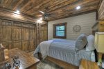 A Stoney River - Lower Level Queen Bedroom