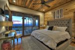 Martini Mountain Chalet - Entry Level King Master En-Suite
