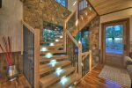 Martini Mountain Chalet - Indoor/Outdoor Clear Catwalk
