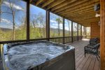 Moonlight Lodge - Hot Tub