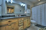 Once In A Blue Ridge - Lower Level Full Bathroom