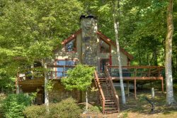 Cozy Cabin on the Lake - Morganton
