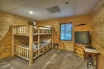 Hogback Haven - Lower Level Bunk Room
