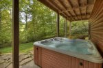 Hogback Haven - Lower Level Patio Hot Tub