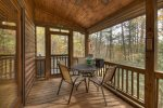 Tranquil Woods - Screened Back Porch