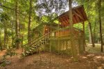 A Whitewater Retreat - Stairs Leading to Backyard
