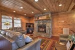 Mountain High - Tastefully Decorated
